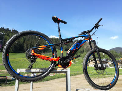 Saisonabverkauf Raymon E-Mountainbikes